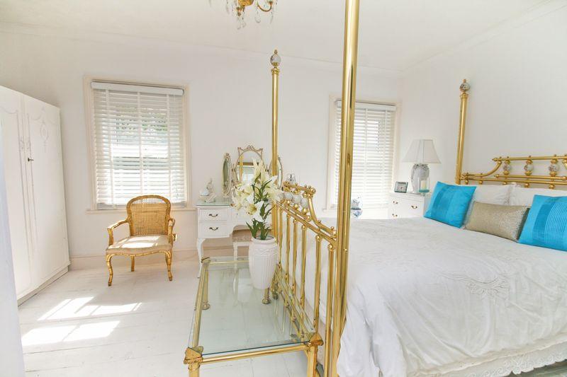40 Guest Bedroom 4b
