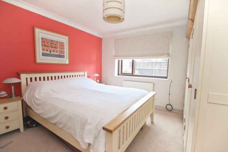 B4 Bed 1