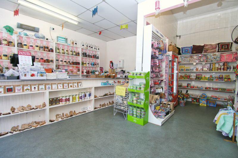 52 Main Shop